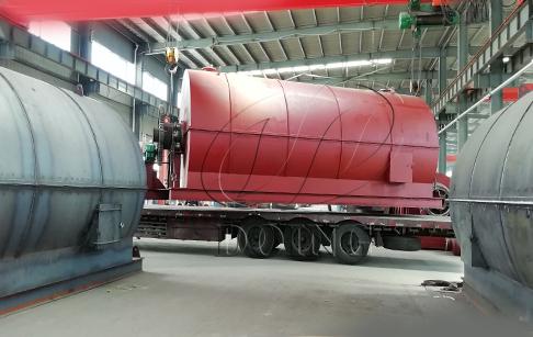 埃及客户一台10吨废轮胎炼油设备完成发货